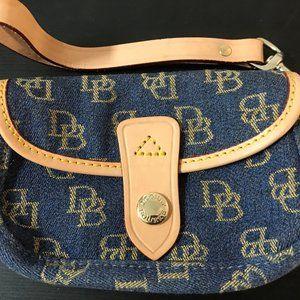 Genuine Dooney & Bourke Blue/Caramel NWOT Wristlet